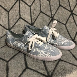 American Eagle Floral Chambray Canvas Sneakers